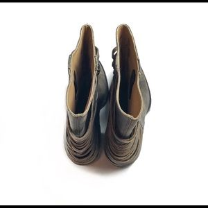 Matisse Shoes - Matisse brown distressed ankle bootie size 7